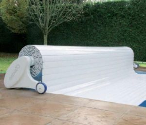 MOOVEO mobile automatic pool cover